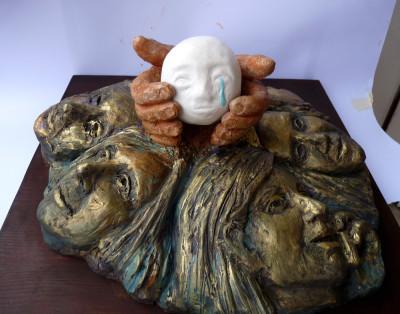 scultura dal contenuto simbolico