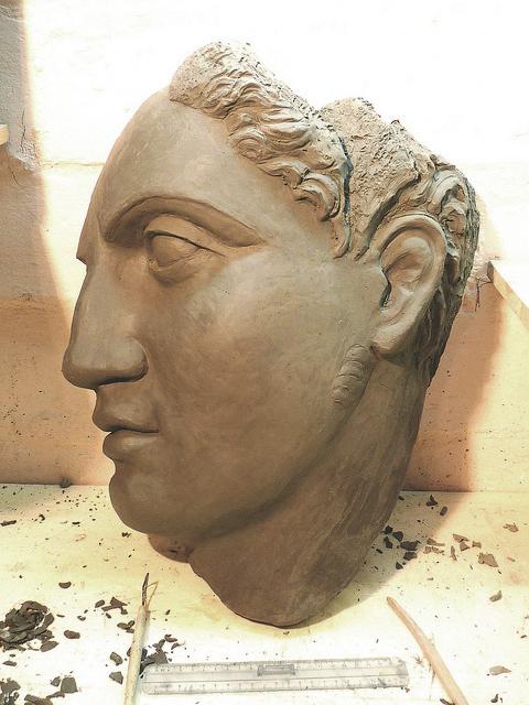 Testa Greca classica frammento