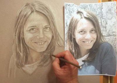 disegno in tonalità grigio a matita