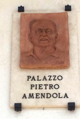 ritratto-in-terracotta-per-piazza